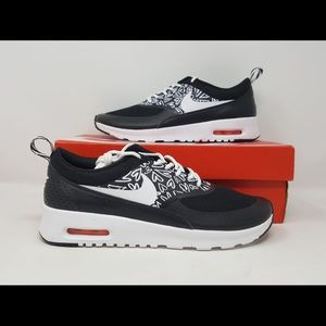 ea170f6d9cd5 Nike Air Max Thea Print GS Black Youth Size 6.5Y